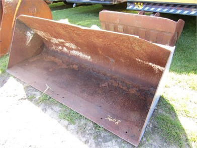 8FT QUICK ATTACH LOADER BUCKET Other Auction Results - 1 Listings