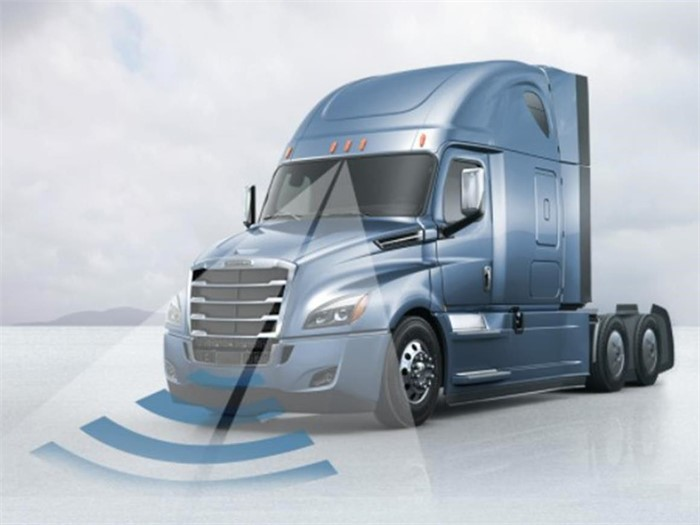 New Collision Mitigation System Introduced For Freightliner Cascadia