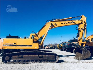 Excavators - Rueter's Equipment | Sales | Service | Parts | Rental