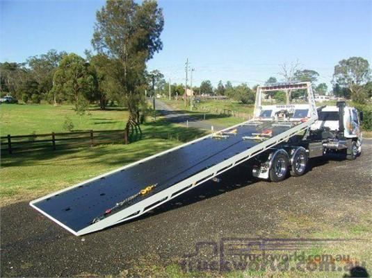 2020 Suburban Tilt Slide Body - Truck Bodies for Sale