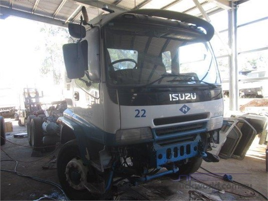 2005 Isuzu FVZ - Trucks for Sale