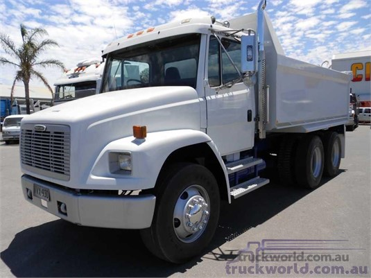 1996 Freightliner FL80 - Trucks for Sale