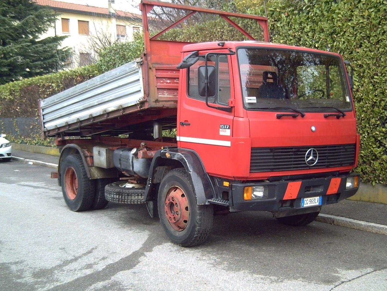 Mercedes-Benz 1517 Usato