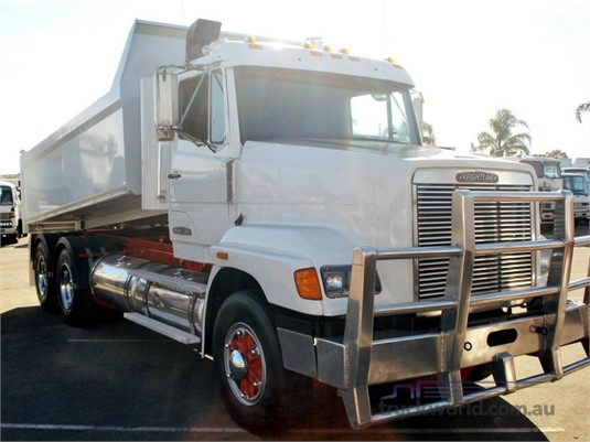 1992 Freightliner FL112 - Trucks for Sale