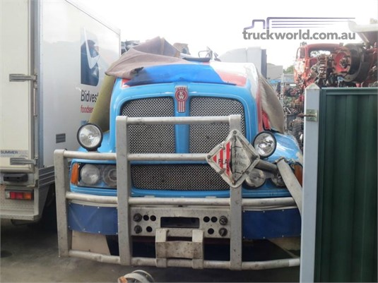 1998 Kenworth T604 - Wrecking for Sale