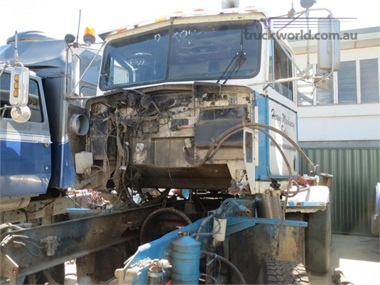 1988 Kenworth T Series - Wrecking for Sale