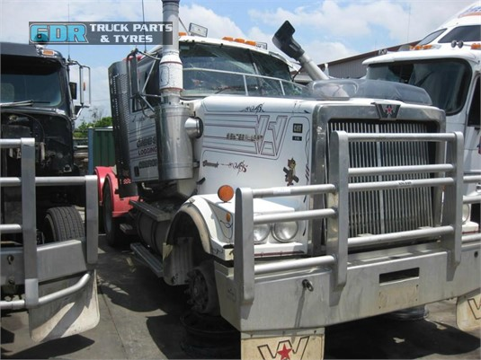 2003 Western Star 4900FX GDR Truck Parts - Wrecking for Sale