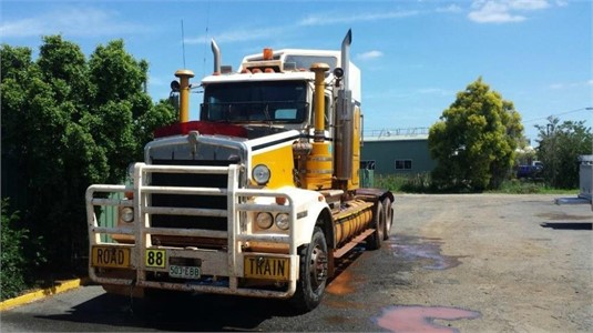 1997 Kenworth T650 - Wrecking for Sale