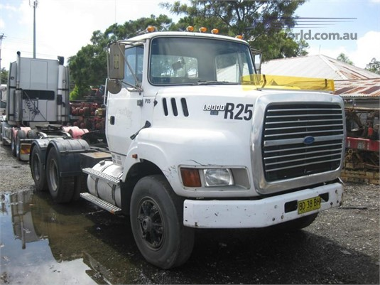 1993 Ford L9000 - Trucks for Sale