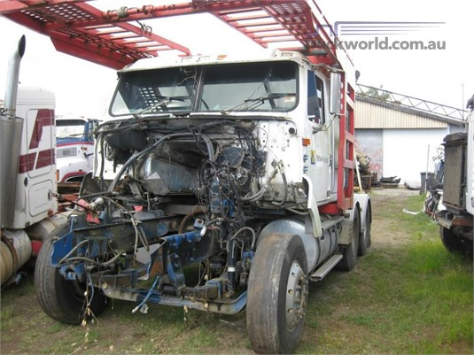 1996 International 3600 - Wrecking for Sale