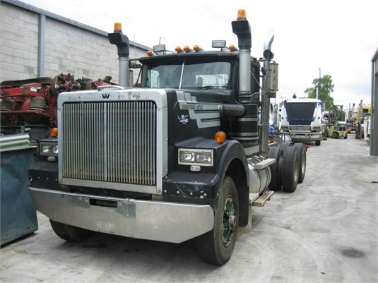 1900 Western Star 4964 - Wrecking for Sale