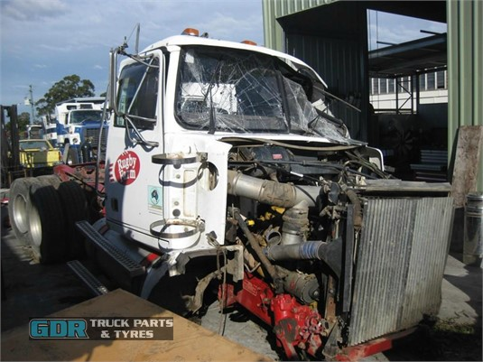 2004 Western Star 4800 Series GDR Truck Parts - Wrecking for Sale