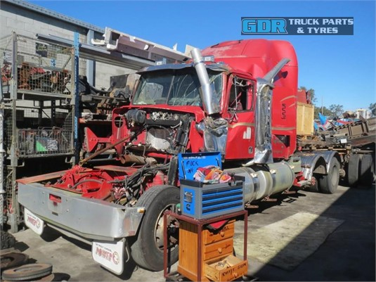 2005 Western Star 4900FX Constellation GDR Truck Parts - Wrecking for Sale