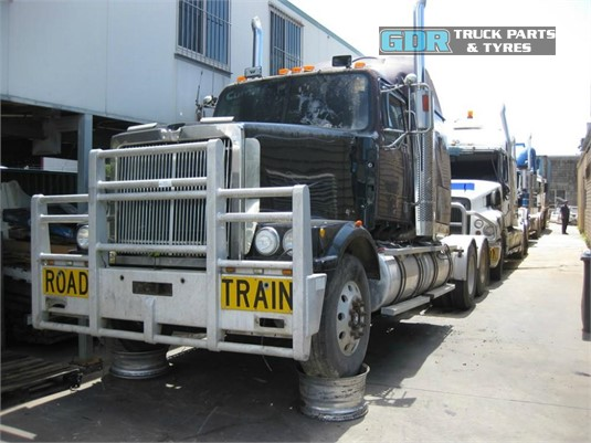 1999 Western Star 4900FX GDR Truck Parts - Wrecking for Sale