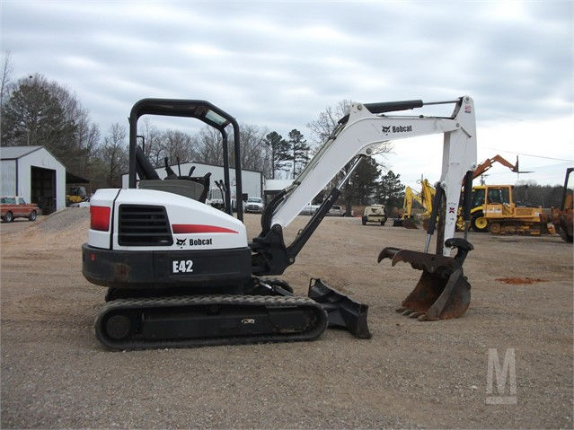 2011 BOBCAT E42M For Sale In Finger, Tennessee