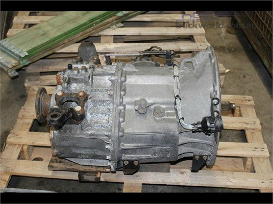Mercedes Benz Transmission & Gearboxes - Part & Accessory