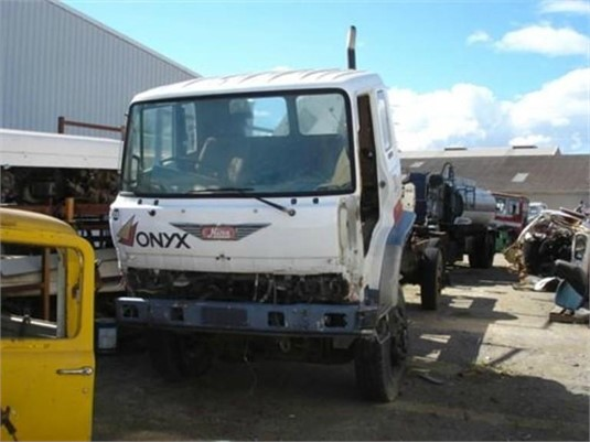 0 Hino HO60T - Wrecking for Sale