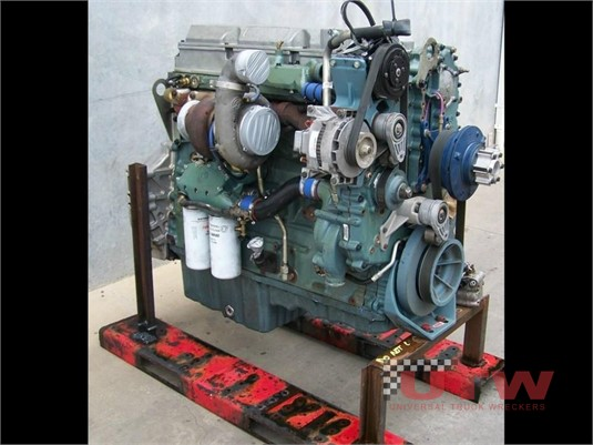 Detroit Diesel Series 60 Universal Truck Wreckers - Parts & Accessories for Sale