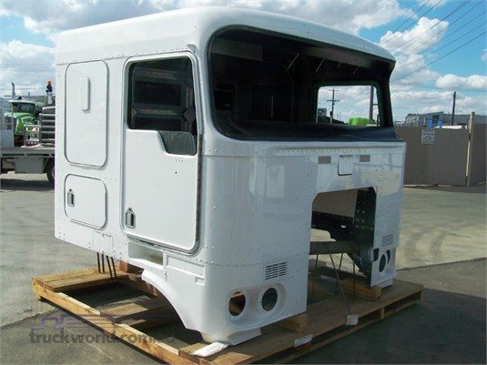 0 Kenworth K104 Cabin - Parts & Accessories for Sale