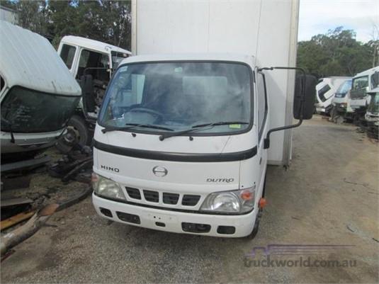 2005 Hino Dutro - Wrecking for Sale