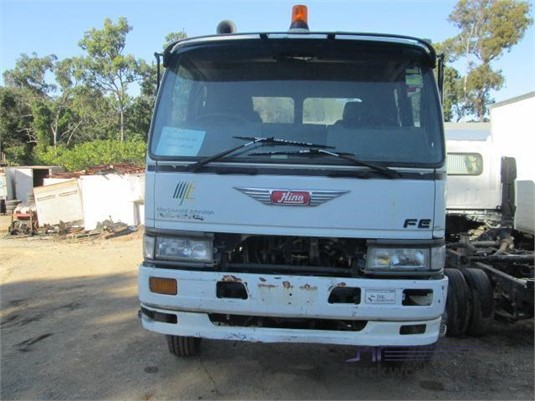 1995 Hino FE3H - Wrecking for Sale