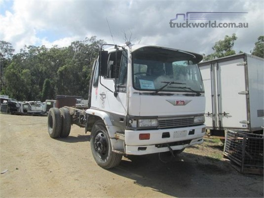 1993 Hino FE3H - Wrecking for Sale