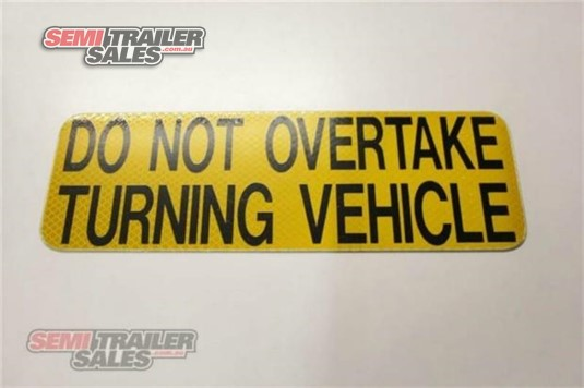 0 Accessories & Trailer Parts Rear Do Not Overtake Turning VeHicle Signs Semi Trailer Sales - Parts & Accessories for Sale