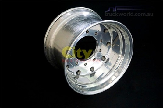 0 Alloy Rims 10/285 14.00x22.5 Offset Polished Alloy Rim - Parts & Accessories for Sale