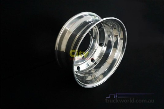 Alloy Rims 8/275 7.5x19.5 Polished Alloy Rim - Parts & Accessories for Sale