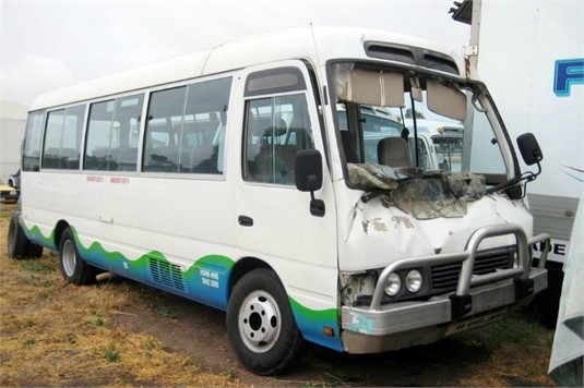 1995 Toyota Coaster Bus - Wrecking for Sale