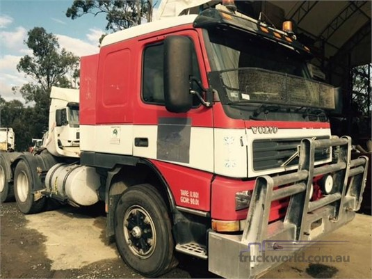 2000 Volvo FM12 - Wrecking for Sale