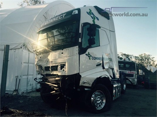 2015 Volvo FH13 - Wrecking for Sale
