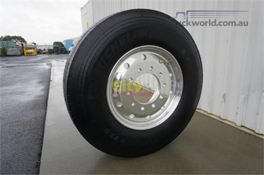 Michelin 385/65R22.5 Super Single Steer on Alcoa Durabright - Truckworld.com.au - Parts & Accessories for Sale