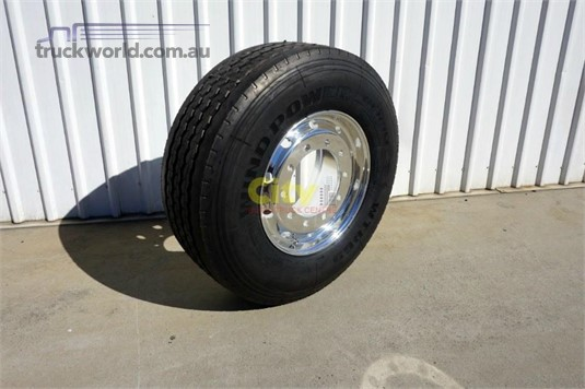 0 Alloy Rims 10/335 11.75x22.5 Super Single Rim Tyre Package - Parts & Accessories for Sale