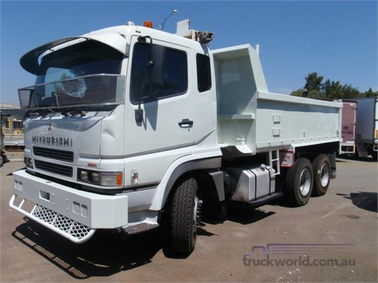 2004 Mitsubishi FV51 - Trucks for Sale