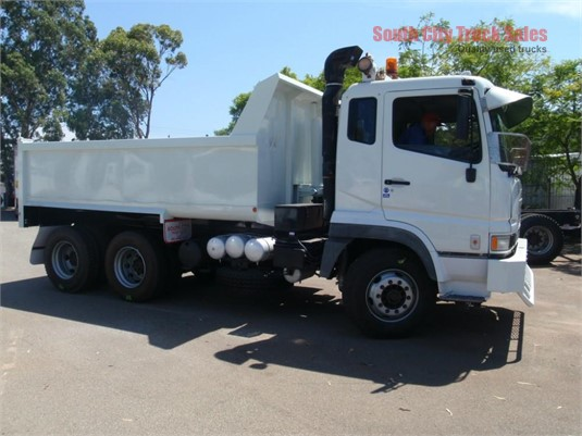 2004 Mitsubishi FV51 South City Truck Sales - Trucks for Sale