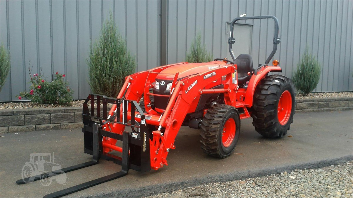 2019 KUBOTA MX5200DT For Sale In Columbia City, Indiana