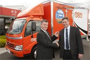 TNT increases Hybrid Truck Fleet