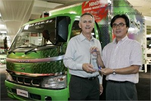 HINO HYBRID NAMED TRUCK OF THE SHOW