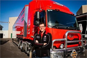 Bathurst Champion Gives UD the Thumbs Up
