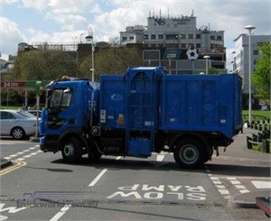 Unique Allison-equipped 'narrow track' Volvos tackle London streets on new commercial food waste recycling mission