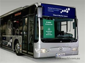 Mercedes-Benz Hybrid Bus is Awarded the 2008 DEKRA Environmental Prize