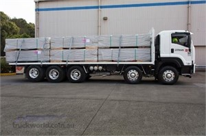Gyprock transporter loves new Isuzu 10 wheeler