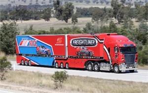 Freightliner Racing 2016 season transporter breaks cover
