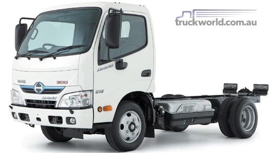 Hino 300 Series 616 IFS SWB