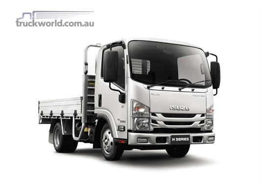 Isuzu NLR 45-150 MWB Premium Traypack