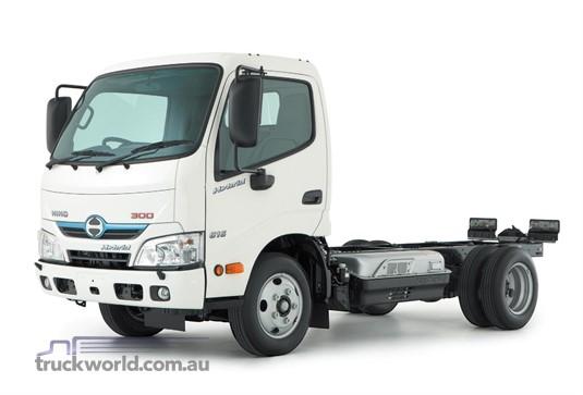 Hino 300 Series 616 IFS MWB