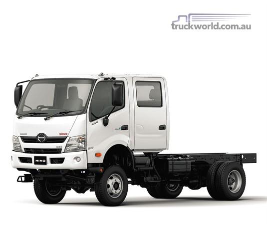 Hino 300 Series 817 4x4 Crew