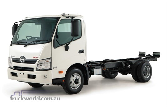 Hino 300 Series 716 Hybrid ProShift 5 MWB