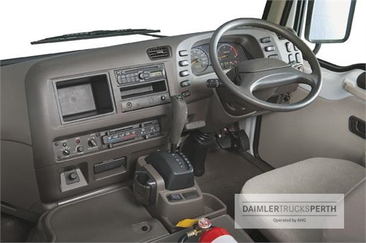 Fuso Deluxe 25 Seat